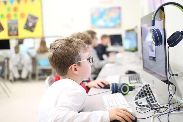 Computer class pic 1 | Augusta Christian Schools