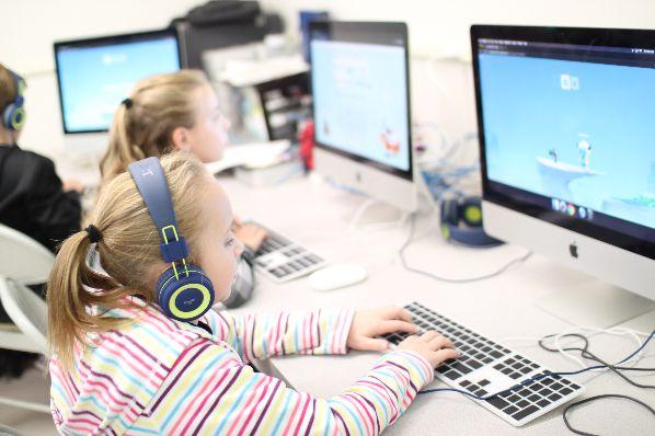 Computer class pic 2 | Augusta Christian Schools